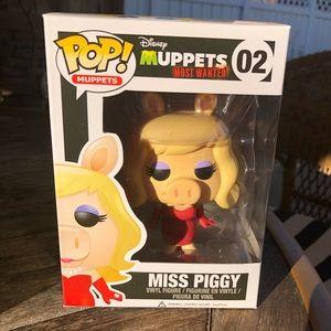 Miss Piggy 02
